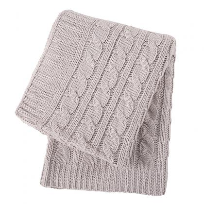 HEAVY WEIGHT ACRYLIC CABLE KNIT THROW